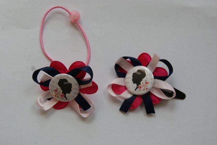 Leuk setje van een haar knip en een haar elastiekje www.lotenlynn.nl https://www.facebook.com/lotenlynnlifestyle