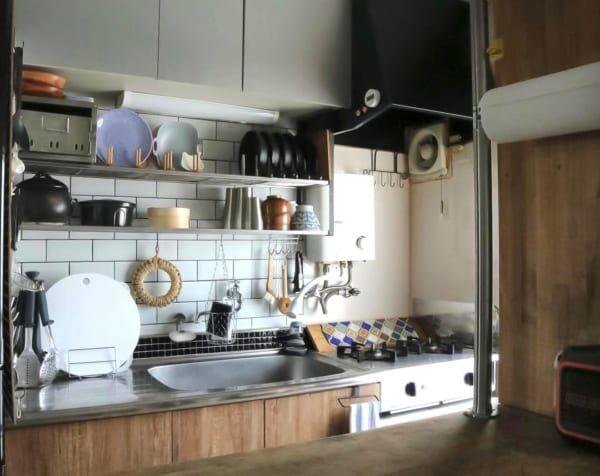 原状回復ok 賃貸アパートインテリア41選 壁までおしゃれに飾るアイデア実例 Folk 賃貸キッチン 団地キッチン リノベーション キッチン
