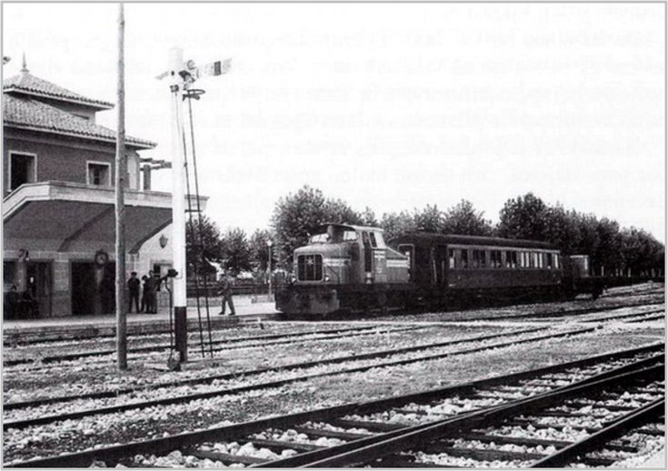 Antigua estación de Campamento, cerca de la Calle Meliloto, y actualmente desaparecida. Perteneció al ferrocarril Madrid Almorox