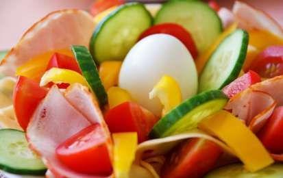 10 semplici trucchi per iniziare a mangiare sano - Siete in cerca di semplici trucchi per iniziare a mangiare sano? Ecco alcune idee e utili consigli per riuscire a seguire un'alimentazione corretta.