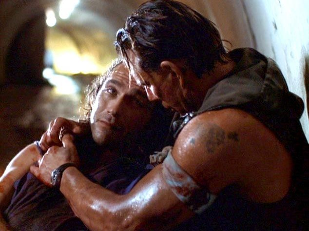 Kevin Gage and Mickey Rourke in Point Blank