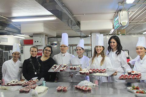 Red Velvet Cupcake (Kırmızı Kadife Kek) | Sağlıklı Mutfak