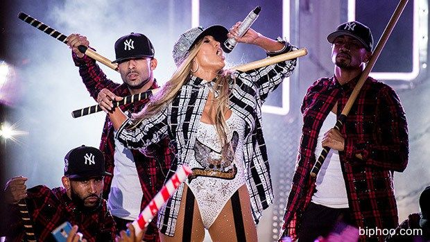 Jennifer Lopez Slays At Macy's Fourth Of July Spectacular: Sings ...