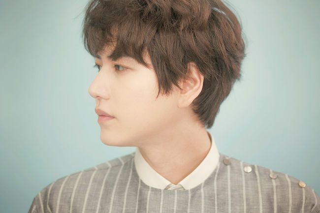 Kyuhyun's Father Charged With Violation Of Regulations For M Guest House http://www.kpopstarz.com/articles/156117/20141225/kyuhyuns-father-charged-with-violation-of-regulations-for-m-guest-house.htm