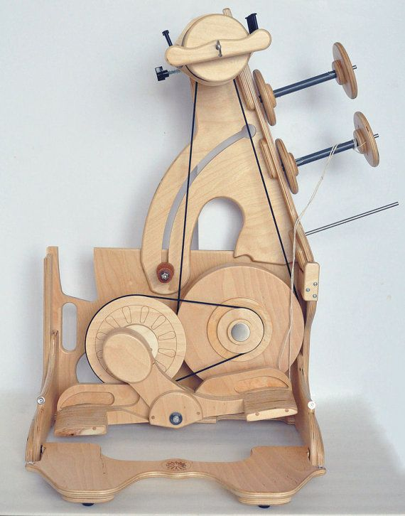 SpinOlution King Bee portable spinning wheel by PatysLoveys
