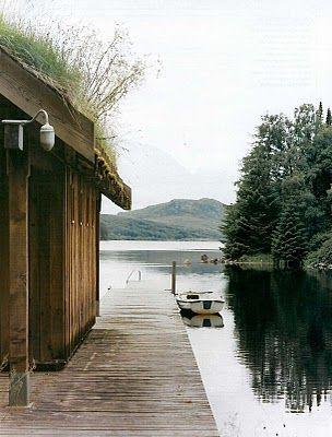 The Corrour Lodge, Scotland - designed by Architect Moshe Safdie  photos: Martyn Thompson