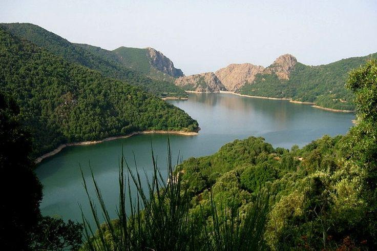 Bastelica. En-dessous du Monte Renoso, le point culminant de la Corse-du-Sud, Bastelica et la vallée du Prunelli constituent un détour majeur pour les fans de nature.