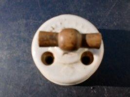 Antiguidades, Raridades, Velharias e Curiosidades: Antigo Interruptor Eléctrico (Séc XIX)
