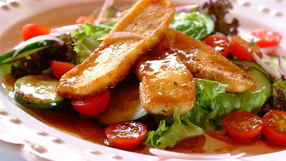 Fried Haloumi Cheese Salad