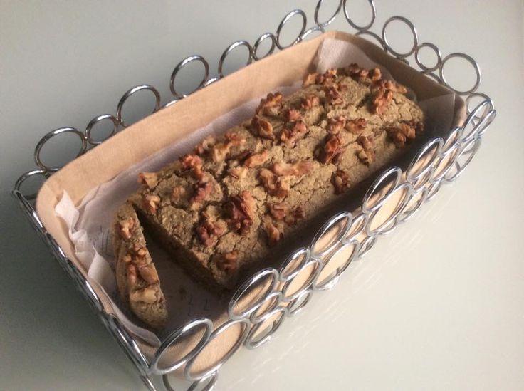 Pan bauletto di grano saraceno e noci