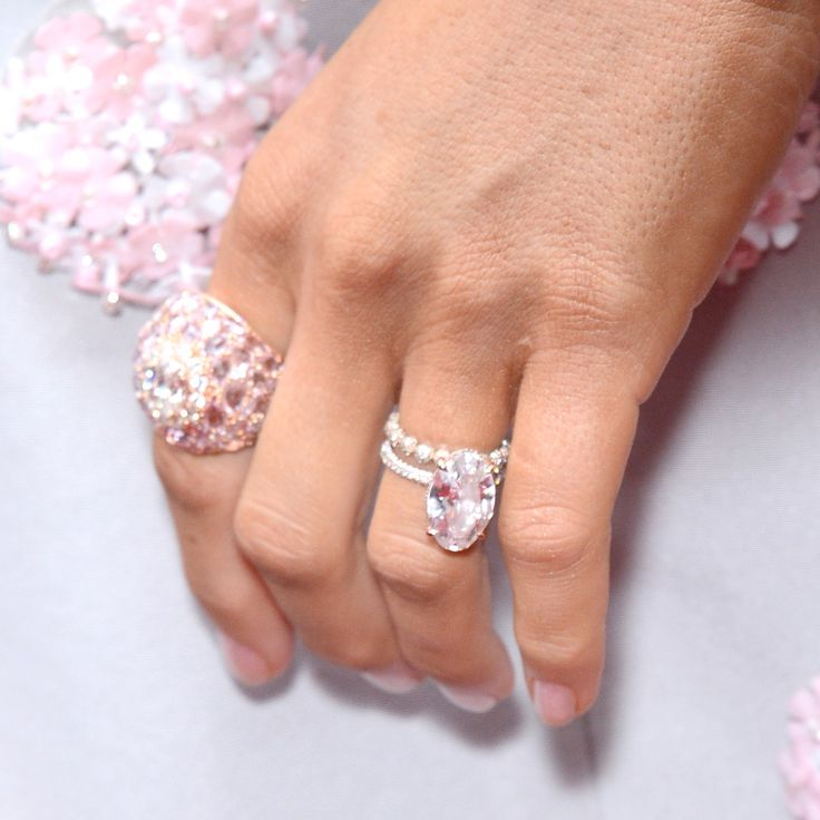 10 Engagement Rings Designed By Celebrities