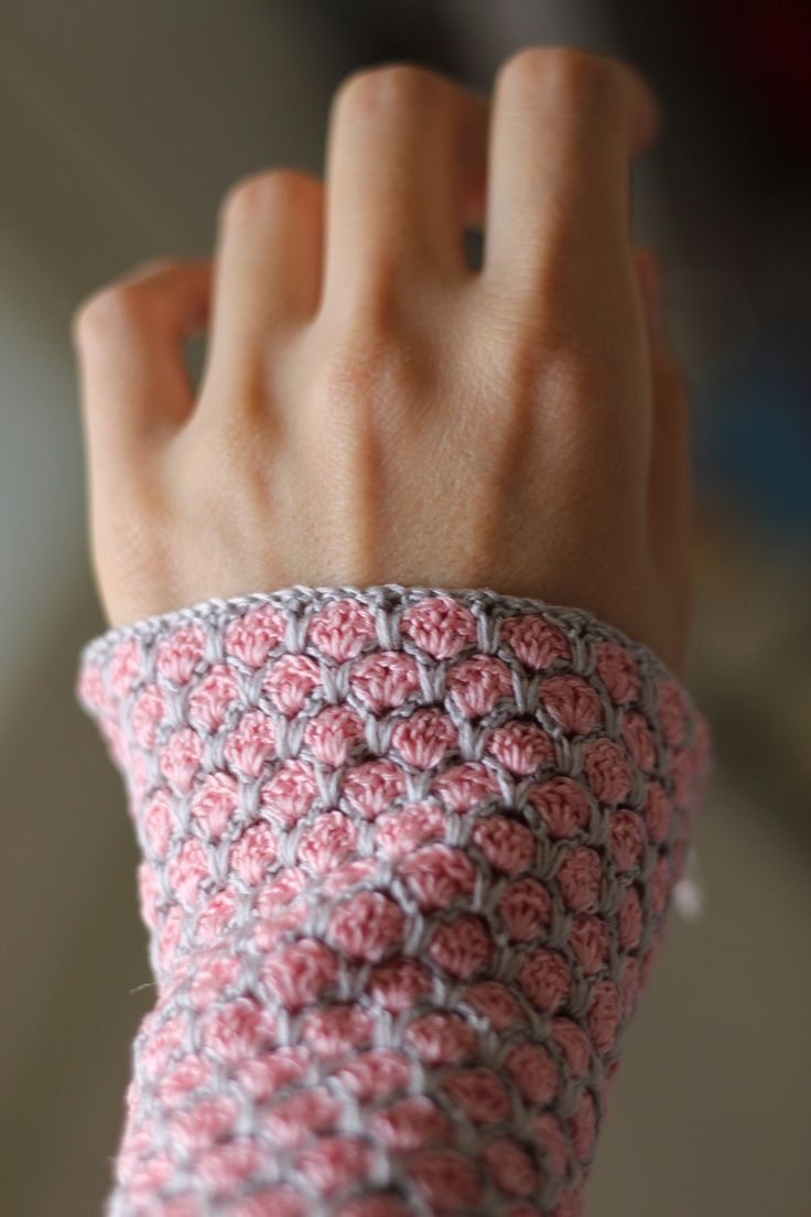 Crochet Mittens, Japanese tutorial with Chart.- Häkeln Pulswärmer japanische Anleitung mit Häkelschrift