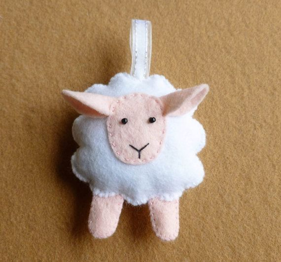 Sheep Feltie PDF Sewing Pattern and Tutorial por SewJuneJones