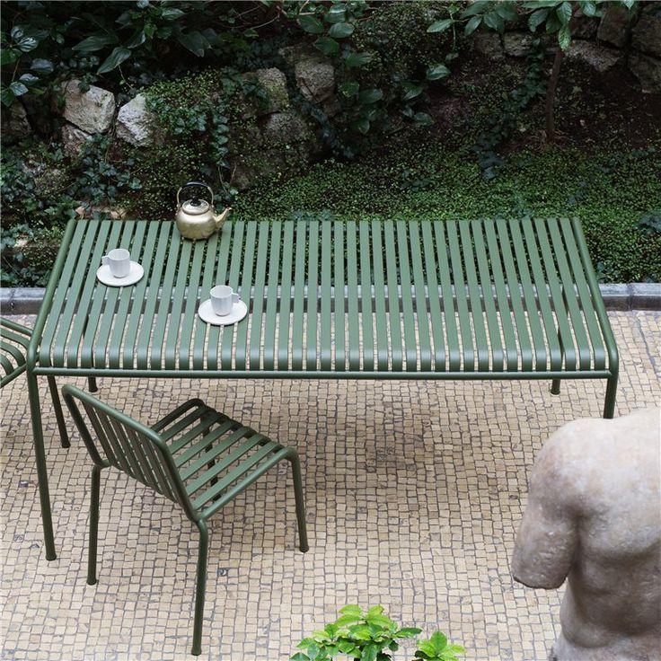 HAY Palissade Eettafel 160x80 Strakke tafel meet H 74 x B 160 x 80 cm Stijlvol dineren in de tuin! Design: Ronan & Erwan Bouroullec Van gegalvaniseerd staal, blijft lang mooi!  Verkrijgbaar in de kleuren antraciet, grijs en groen. Prijs €715,00
