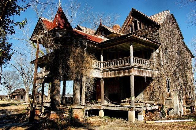 Harville House in Statesboro GA. Rumor has it that this house is haunted! Samuel Winkler Harville purchased the land in 1862, and built this once grand house in 1894. He finished 10 years later with 14 rooms. The land it was built on was also once self-sustaining for 10 farming families.