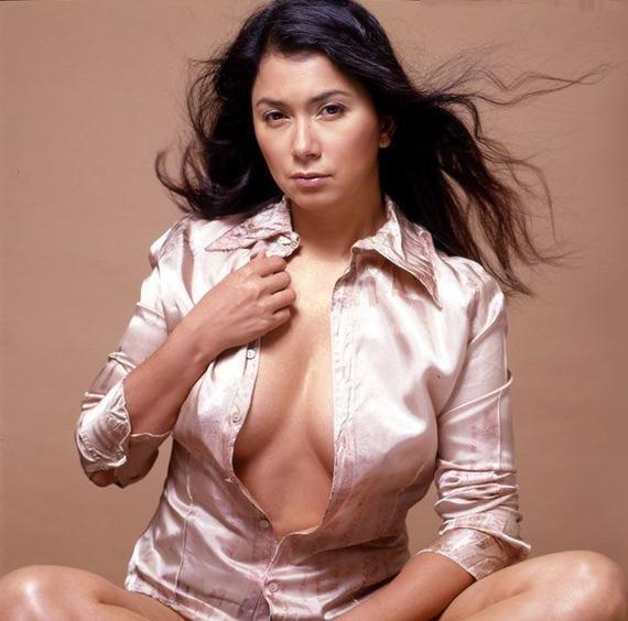 Naked Dina 9