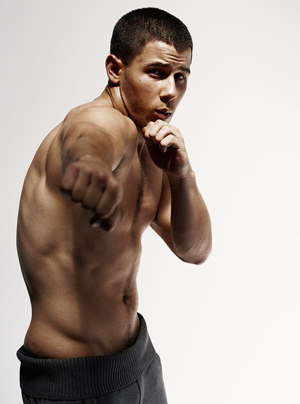 Nick Jonas Gets Shirtless (Again!) for Details Magazine | Cambio