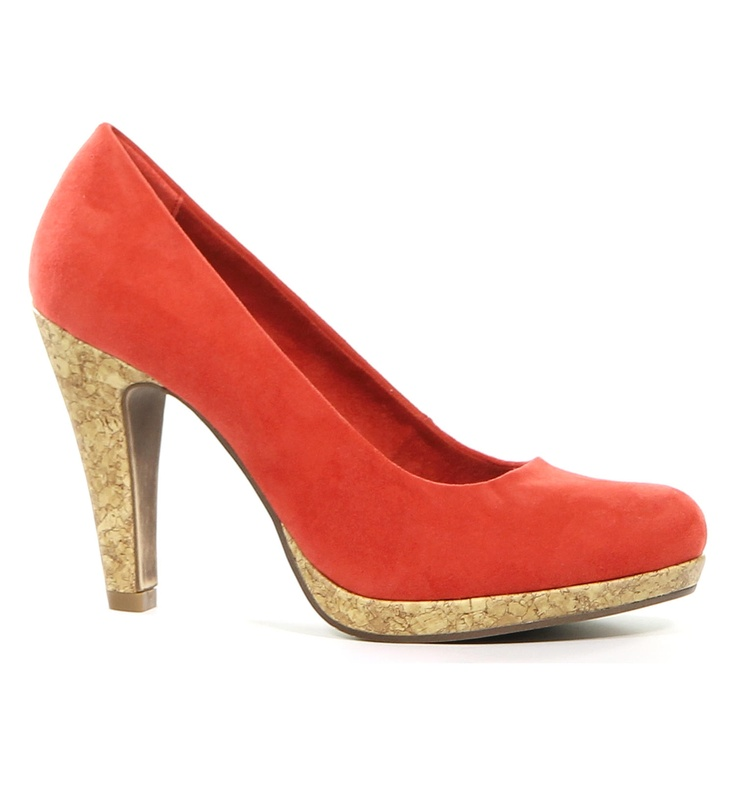 Marco Tozzi Rode Pumps I Looove these, I have this coloured ones