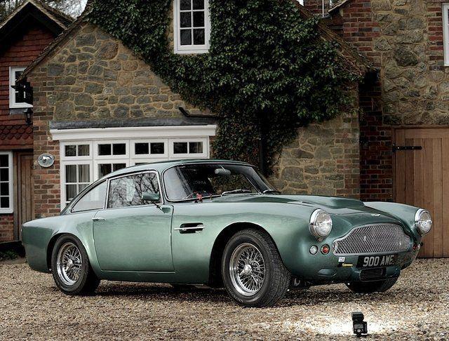 Aston Martin DB4 Sports Racer