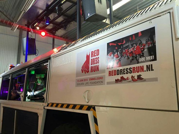 Party Crasher klaar voor Reddress Run Emmeloord 13-6-2015.