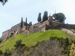 http://www.pinterest.com/ermaresca/pueblos-fantasmas/Pueblos Fantasmas en Catalunya: Castillo de Hostalrich-Hostalrich-Girona