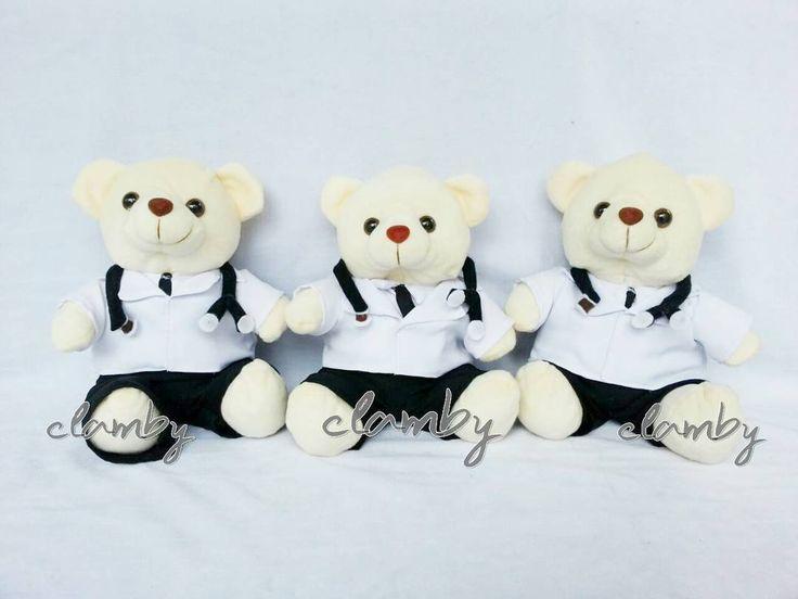 Boneka teddy untuk wisuda? Kenapa tidak? �� boneka ini lucu banget loh cocok buat kado spesial untuk pasangan ��  Boneka teddy dokter Rp 90.000/pcs  Yuk order sekarang �� Info order  WA 081217569396  Line @eyu2221c  http://gelinshop.com/ipost/1520217045449733057/?code=BUY5VkvhnPB