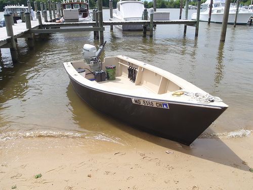 """Building the """"Lost Dog"""" a Lumber Yard Skiff 