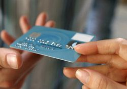 What You Need to Know About 'Chip-with-Signature' Credit Cards… (SmarterTravel.com 03.27.14 email)