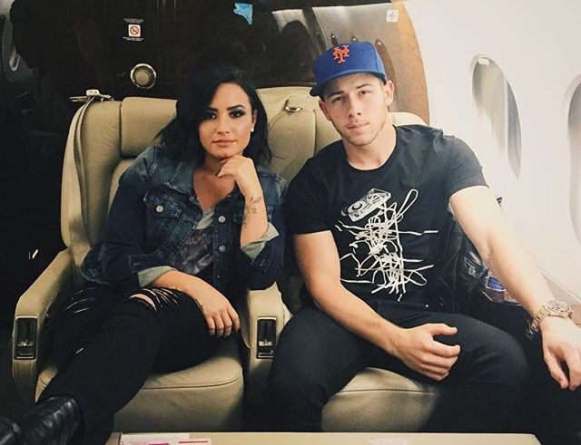 Demi and Nick on their Future Now Tour