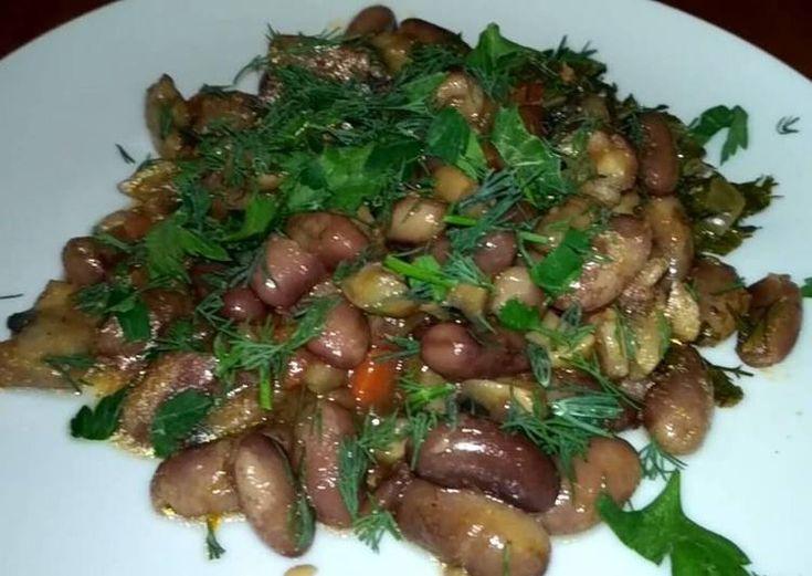 Фасоль с грибами в горшочке.Постное блюдо
