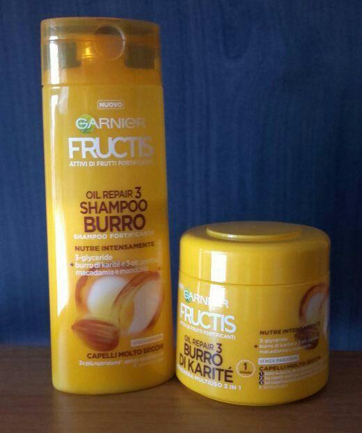 Fructis Garnier Shampoo e maschera al Burro di Karité e senza parabeni. Concentrato di super frutti con 3 oli idratanti: jojoba, macadamia e mandorla.