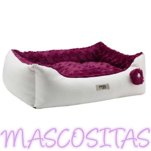 Cuna Dream Alaska para Perro. Cuna de alta calidad fabricada en tejido de nylon, ofreciendo un acogedor descanso y un sueño reparador a nuestro perro. El cojín es muy cómodo y su relleno está dotado de una alta recuperación. Resiste los lavados frecuentes.