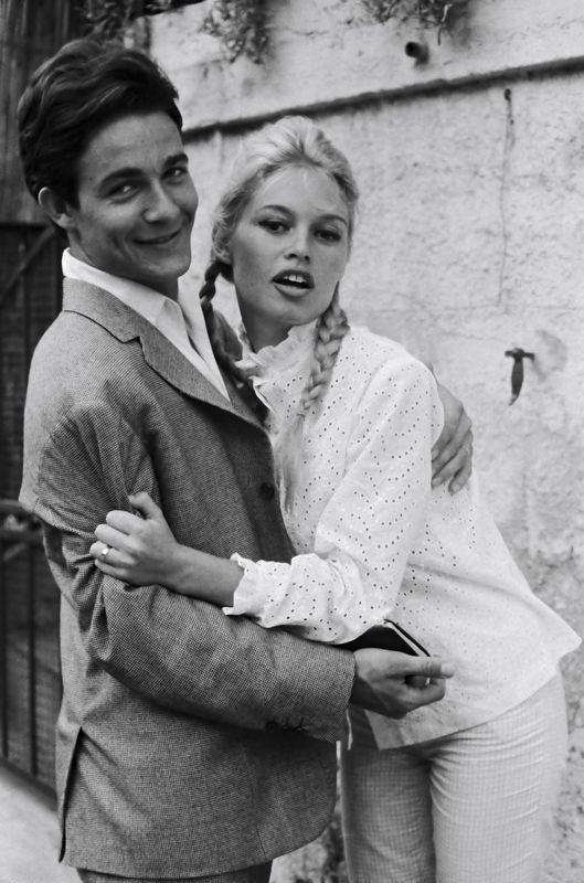 1960-couettes-avec_charrier-                              …