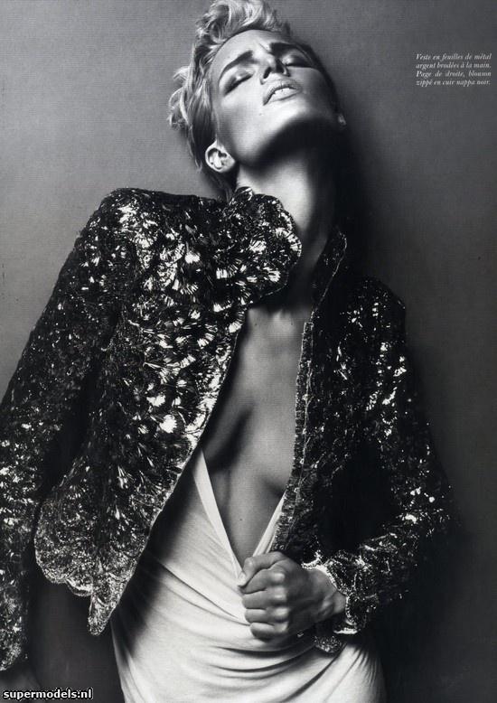 Iris Strubegger in 'La Femme Ford' -   Photographed by Mert & Marcus (Vogue Paris December 2010)