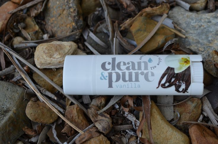 With a subtle hint of pure and natural vanilla bean our Vanilla lip balms adds something a little special!