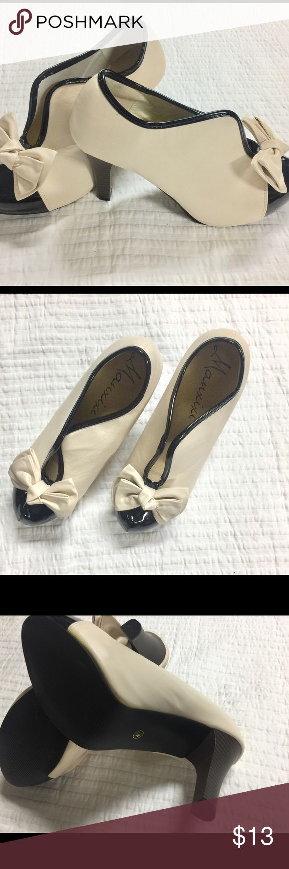 Two Tone Bow Heels Stunning New Without Tags Manxixi two toned Heels!! Let these be your accessory to add a little FAB to any outfit!! Size runs small Shoes Heels