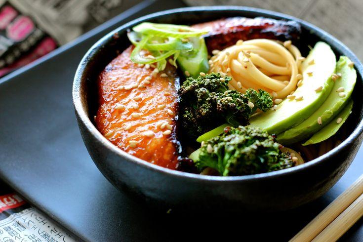 Udon Noodle Bowl with Miso-Honey Glazed Salmon, Avocado + Crispy Kale | Finger, Fork & Knife