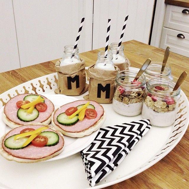 Tänk att få frukosten serverad såhär fint. Från yayanaomis blogg