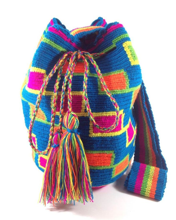 WALEKERU SONRISA WAYUU BAG available at www.shopkokay.com #wayuubag #kokay