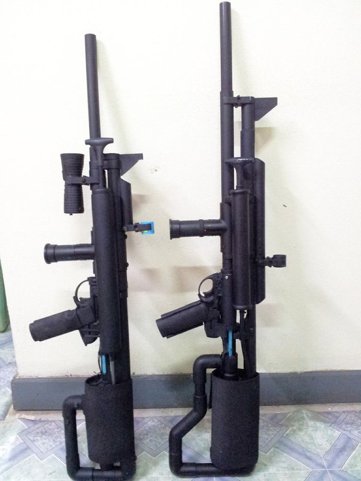 Bullpup marble rifle (left) and shotgun (right).