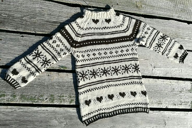 Children's sweater. Greenlandic wool.