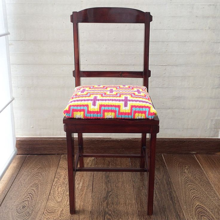 Wayúu handmade WAYA's little chair. Beautiful for boho handmade lovers!