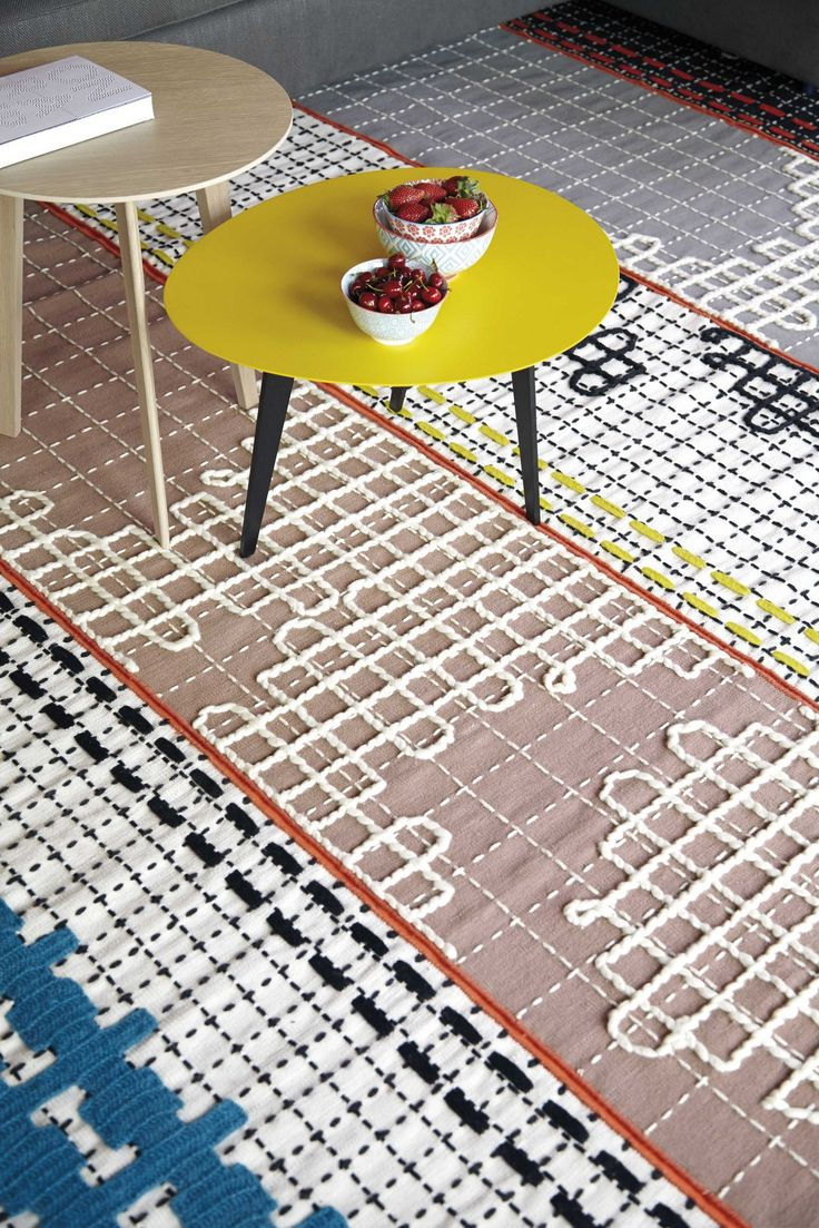 Chunky Stitches Pattern Bandas Rugs And Furniture By Patricia Urquiola Design Inspirations