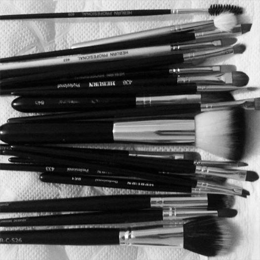 Listo! Ya están limpios mis pinceles luego de la prueba de maquillaje para una boda de anoche.