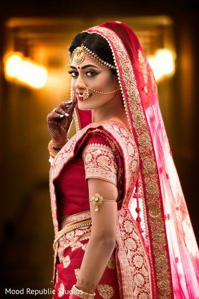 Dreamy bengali bride look.