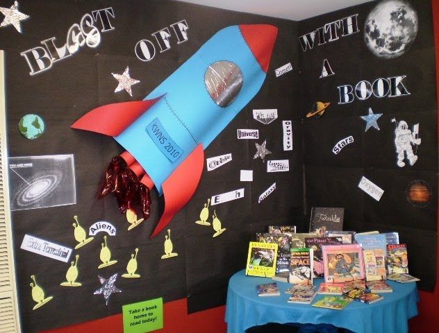 bulletin board with rocket | Love how the rocket is '3D' | Bulletin boards