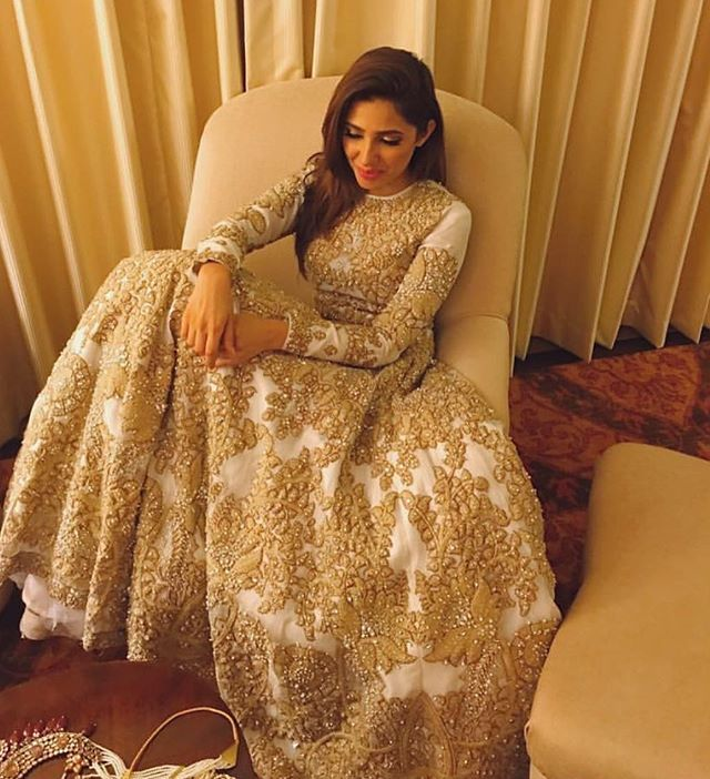 Mahira Khan in gown by @alixeeshantheaterstudio