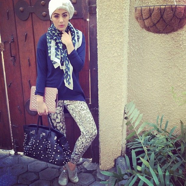 And I'm off to run errands for big upcoming big days!! Scarf: @khaledarajab and iPad cover Jimmy Choo of @alyasra. Wish me luck! - @ascia_akf #webstagram