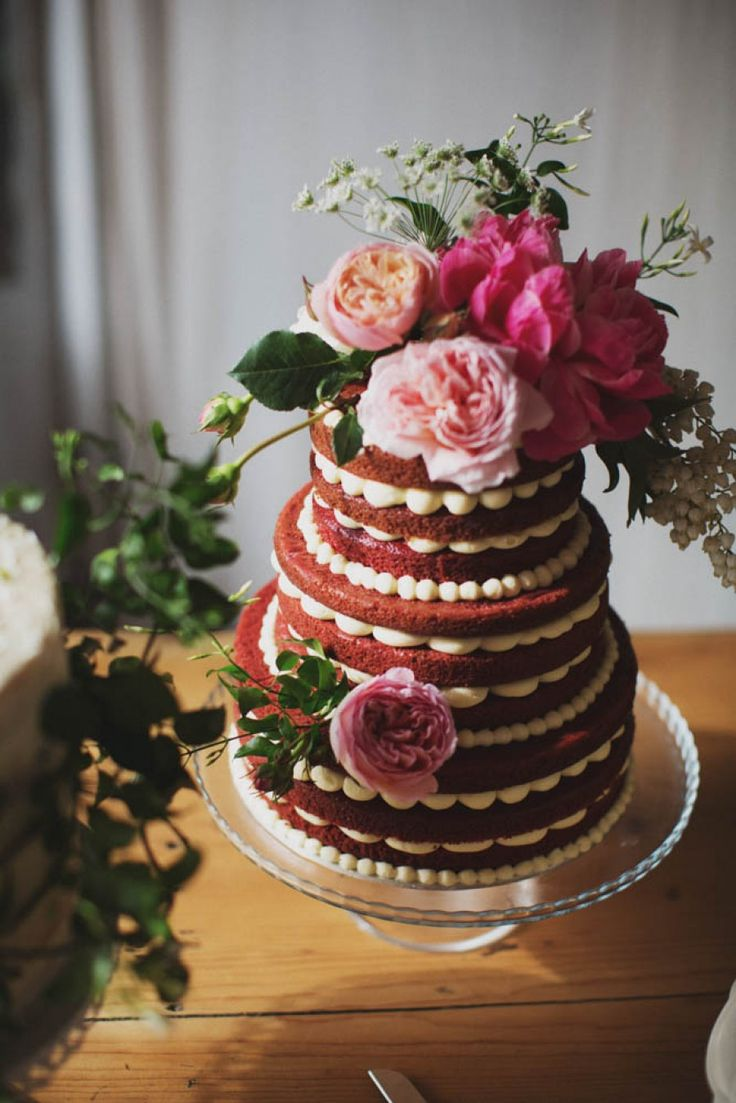 Best wedding cakes of 2016 - red velvet cake