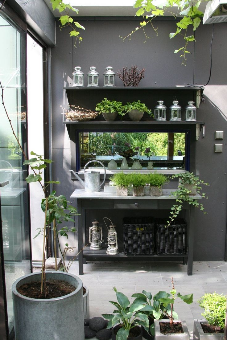"garden cabinet. we have to think about plant on the ""mezzanine"" like that"